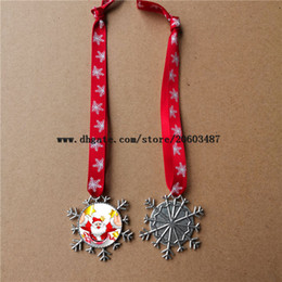 $enCountryForm.capitalKeyWord Australia - sublimation snowflake shape key christmas ornaments decorations with red snow rope hot transfer printing blank custom gifts factory price