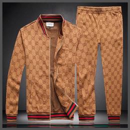 Populares 2019 outono e inverno dos homens novos sportswear moletom com capuz impressão marca calças jaqueta calça terno esportivo M-XXXL A1 venda por atacado