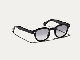 China Super-quality gradient tinted fade sunglasses UV400 L M S sizes pure-plank goggles full-set case OEM factory outlet price cheap girl s sunglasses suppliers
