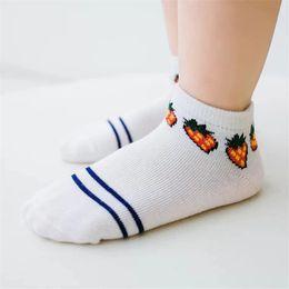 $enCountryForm.capitalKeyWord Australia - Newest Late Spring Baby Girls Knee Socks Cartoon Autumn Children Short Socks Cotton Elastic Girls Striped Breathable Summer Kids Socks