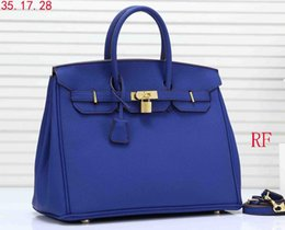 Wholesale high quality CM women s platinum handbags leather lady totes bag gold hardware with lock satchel purse