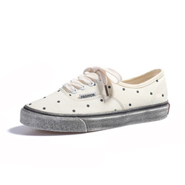 $enCountryForm.capitalKeyWord Australia - 2019 New Fashion Shoes Polka Dot Printed Canvas Shoes White and Black Color Low Tops Sandals Internet Celebrity Women's Shoes
