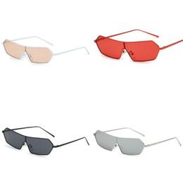 Chinese  Integral Type Sunglasses Transparent Women Eyeglass Metal Small Frame Sun Glasses Man Bardian Skinny Retro Hot Sale 13 5blb D1 manufacturers