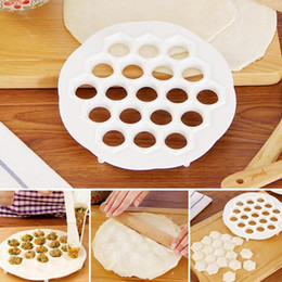 $enCountryForm.capitalKeyWord Australia - Food Grade Pp 19 Holes Dumplings Maker Mold Diy Pastry Tool Jiaozi Machine Dough Press Ravioli Maker Mould Kitchen Tool