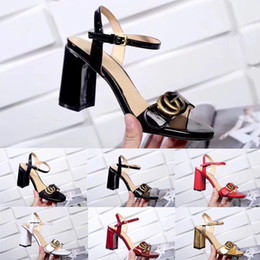 Wholesale New Leather mid heel sandals Women s Luxury Designer Sandals with Leather Rubber soles Shoes Woman Shoe sandal with box Size