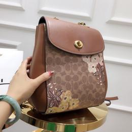 $enCountryForm.capitalKeyWord NZ - Handbags women bags fashion luxury designer bags Messenger Bag Crossbody totes 2019 hot sale 24*27*13cm Lined logo