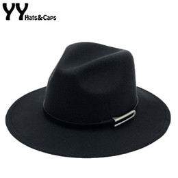 56f1b2c58e95a Wide Brim Autumn Trilby Caps Female Male Fashion Top Hat Jazz Cap Winter Panama  Hat Vintage Fedoras Men Mafia Hat Felt YY17294 D19011102