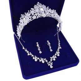 Wholesale Women s X002 bride jewelry wedding necklace crown three piece gift box for new headdress wedding dress accessories