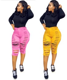 02afe8949a043d Heißer Verkauf Frauen Sommer Jeans Denim knielangen Shorts Streetwear  aushöhlen zerrissene Tasche Taste dünne figurbetonten Leggings einfarbig 549
