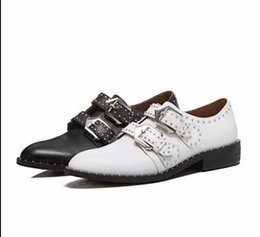 white pointed toe dress casual shoes UK - Rivet belt buckle fashion neutral handsome casual personality low top women's lace-up shoes