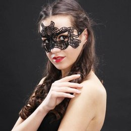 face masks wholesalers Canada - Sexy Lovely Lace Masks Halloween Masquerade Masks Party Masks Venetian Party Half Face Mask For Christmas Halloween DHL free HQ053