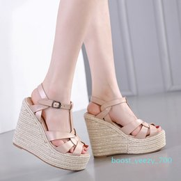 low heeled platform dress shoes UK - Sexy designer sandals ladies wedge sandals knitted straw woven platform shoes luxury women slides size 35 To 40 b70