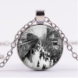 New York Necklace Australia - 2019 new fashion New York 1920s Train Station Necklace Pendant Retro Bronze Chain Time Gemstone Necklace Pendant Art Male Female Gift