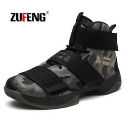 Venta al por mayor de ZUFENG Zapatillas de baloncesto profesionales Lebron James High Top Botas de entrenamiento de gimnasio Botines al aire libre Hombres Zapatillas de deporte Atlético # 115160