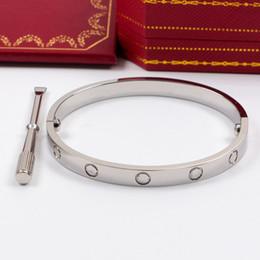 Hot Acciaio al titanio Bracciali Love argento Bracciale in oro rosa Braccialetti Donna Uomo Cacciavite Carter Bracciale Coppia gioielli con borsa logo