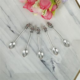 couple spoon wholesale NZ - 5pcs lot Stainless Steel Mini Crown Handle Coffee Scoops Spoon Coffee Tea Ice Cream Spoons Dessert Spoon Couple Kitchen Tools