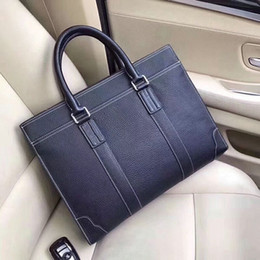 Luxury business briefcase man online shopping - Designer Leather Briefcases Men Business Handbags soft flexible Lichee graincow leather Luxury Laptop Cases Multi pockets cm wide