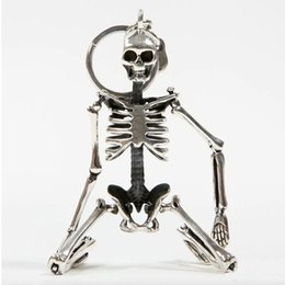 $enCountryForm.capitalKeyWord UK - Foldable Skeleton Pendant Key Chain For Men Women Antique Silver Color Metal Alloy Skull Bag Charm Key Ring Car Keychain Keyring