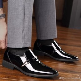Discount foreign shoes - Men's heats wedding shoes groom's wedding shoes bright leather raised with no lacquer skin foreign style men&#