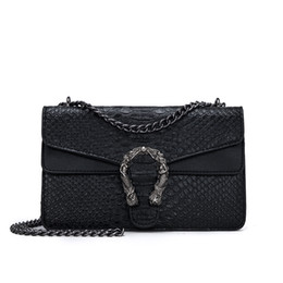 designer handbags women UK - Brand Women Bag Alligator Pu Leather Messenger Bag Designer Chain Shoulder Crossbody Bag Snake Fashion Women Handbag Bolso Mujer