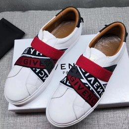 Givenchy 2020 novo design de alta qualidade dos homens novos sapatos moda casual homens sapatos desportivos mens em213 pano trecho verdadeiro couro sapatos lenta caminhada em Promoção