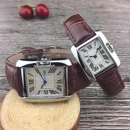 Discount valentine men watches - New Couple Luxury women men watches Fashion Leather strap Gold Quartz Classic Wrist watch for Mens Ladies best Valentine