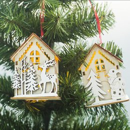 Discount gift xmas house - Christmas Wooden Small House With Warm Heart Light Pendants Ornaments Xmas Hanging Ornaments For Decor Christmas Tree Ki