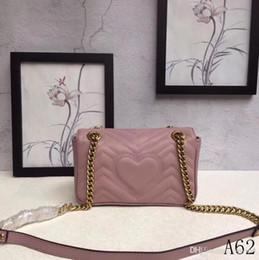 Heart Shaped Bags Australia - Women's Classic Leather Heart-shaped Gold Chain Hot Sale 2018 New Wave Pattern Lady Handbag Shoulder Messenger Bag Messenger 446744