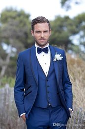 royal blue tuxedos tailcoat NZ - Cheap Royal Blue Wedding Tuxedos Slim Fit Suits For Men Jacket Vest And Pants Groom Men Suit Three Pieces Prom Suits