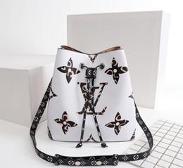 $enCountryForm.capitalKeyWord Australia - Leather high quality 2019 luxury men's women's clothing backpack famous brand  Backpack designer ladies men's backpack