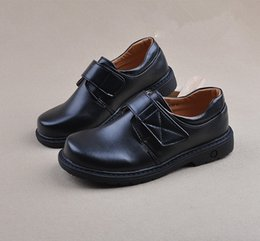 $enCountryForm.capitalKeyWord NZ - Children Boys Leather Shoes Student Glowing Shoes Kids Baby Classic Performance Uniform School Fashion Shoe