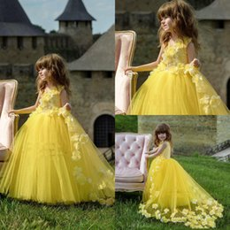 $enCountryForm.capitalKeyWord Australia - Lovely Yellow Princess Flower Girls Dresses For Wedding With 3D Flower LAce Tulle Skirt Girls Birthday Pageant Dresses