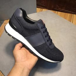 Toptan satış 2019 Yeni Moda Erkek Kadın Tasarımcı ayakkabı Sneakers Trainer Siyah Düz Çorap Çizmeler Rahat Ayakkabılar Eğitmenler xg18091403