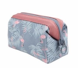Animal Travel Pillows UK - 2019 New fashion Cosmetic Bag Women fashion Make Up Bag Travel Waterproof Portable Makeup Bag Toiletry Kits