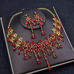 Antique rhinestone eArrings online shopping - Crown tiara bride three piece suit Korean red jewelry necklace earrings jewelry wedding hair accessories