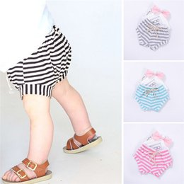 $enCountryForm.capitalKeyWord NZ - 4 Color Summer Baby Shorts Toddler Infant Kids Baby Girls Boys Striped Shorts Bloomers Clothes Suit For 6M-3T Baby M8Y03
