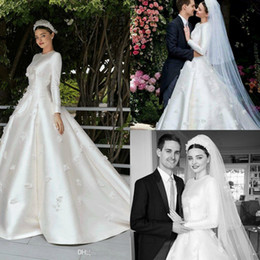 miranda red dress Australia - Miranda Kerr Wedding Dresses with Long Sleeve 2019 Modest Jewel Muslim Middle East 3D Floral Stain Princess Church Bridal Wedding Gowns