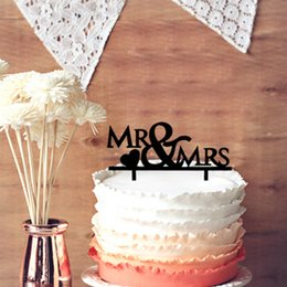 Design Cakes Cupcakes Australia - Mr & Mrs Design with Heart Wedding Cake Topper Anniversary Cupcake Stand