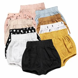 Infant Bloomers Australia - Ins Baby Shorts Toddler PP Pants Boys Casual Triangle Pants Girls Summer Bloomers Infant Bloomer Briefs Diaper Cover Underpants A21988