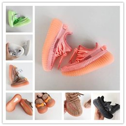 Wholesale Infant Clay Toddler v2 Kids Running shoes Kanye West Static Glow In The Dark chaussure de youth walking sport athletic shoes size28
