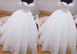plus size purple wedding dresses photos NZ - 2020 Real Photo Off Shoulders Wedding Dresses with Short Sleeves Lace Applique Lace Corset Ball Gown Appliques Lace Wedding Gowns Cheap
