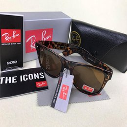 Wayfarer Black White Australia - 2018 New Wayfarer Sunglasses RAYS Men Women 54mm Brand Cat Eye Sun Glasses Bands BEN Mirror Gafas de sol Bans with box and cases online