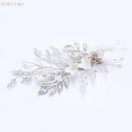 $enCountryForm.capitalKeyWord UK - wholesale Delicate White Floral Bridal Hair Comb Women Headpiece Pearls Wedding Hair Clip Vine Hair Accessories For Bride