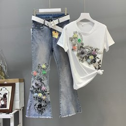$enCountryForm.capitalKeyWord Australia - Women Heavy Work Embroidery 3D Flower Tshirts Jeans 2pcs Clothing Sets Summer Casual Suits Vogue Stylish European Fashion Sets
