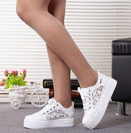 $enCountryForm.capitalKeyWord Australia - Summer Women Shoes Casual Cutouts Lace Canvas Shoes Hollow Floral Breathable Platform Flat Shoe White Black