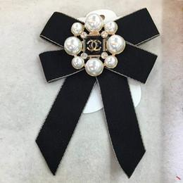 Broche de perlas 3 estilos mujeres Bowknot moda trenza broche Pin Bohemia joyería broches accesorios de la ropa LJJO6802 en venta