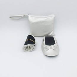 Ballet Flat Shoes Price Australia - Hot! Wholesale low price women roll up ballerina ballet shoes for wedding and party for vending machine