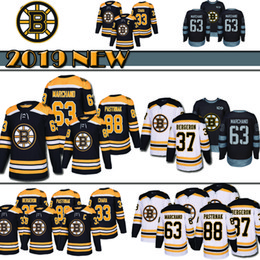 Top quality Boston Bruins Hockey Jerseys 88 David Pastrnak 63 Brad Marchand  37 Patrice Bergeron 33 Zdeno Chara Hockey Jersey 2018 new b0a580aab