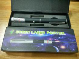 Venta al por mayor de Puntero láser verde 2 en 1 patrón de tapa de estrella 532nm 5 MW puntero láser verde pluma con cabeza de estrella láser caleidoscopio luz con paquete envío gratis