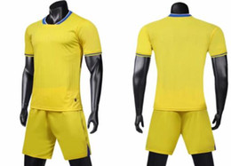 design football jerseys UK - Football Jersey wear Design Customized Soccer Jerseys Sets With Shorts Custom training Football suit Uniforms kits Sports Men's Mesh wears
